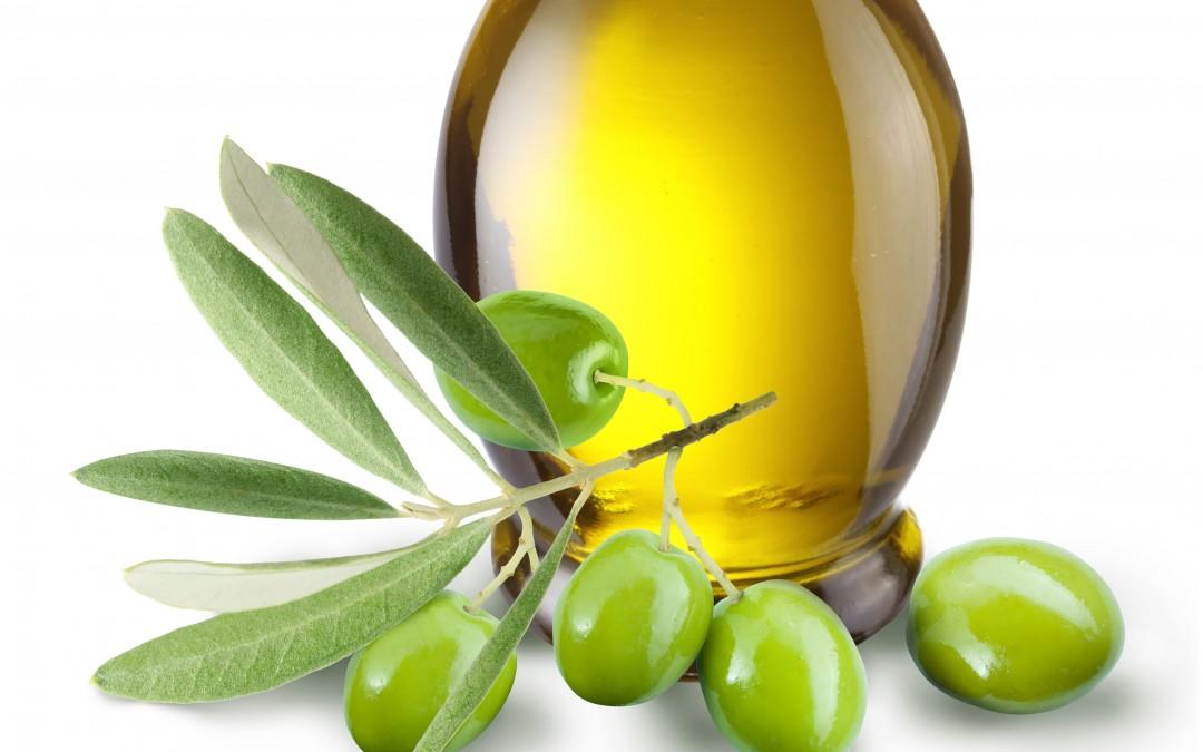 La mesa sectorial del aceite de oliva y la aceituna de mesa analiza la situación del sector y las actuaciones del Ministerio en relación con los mecanismos de autorregulación